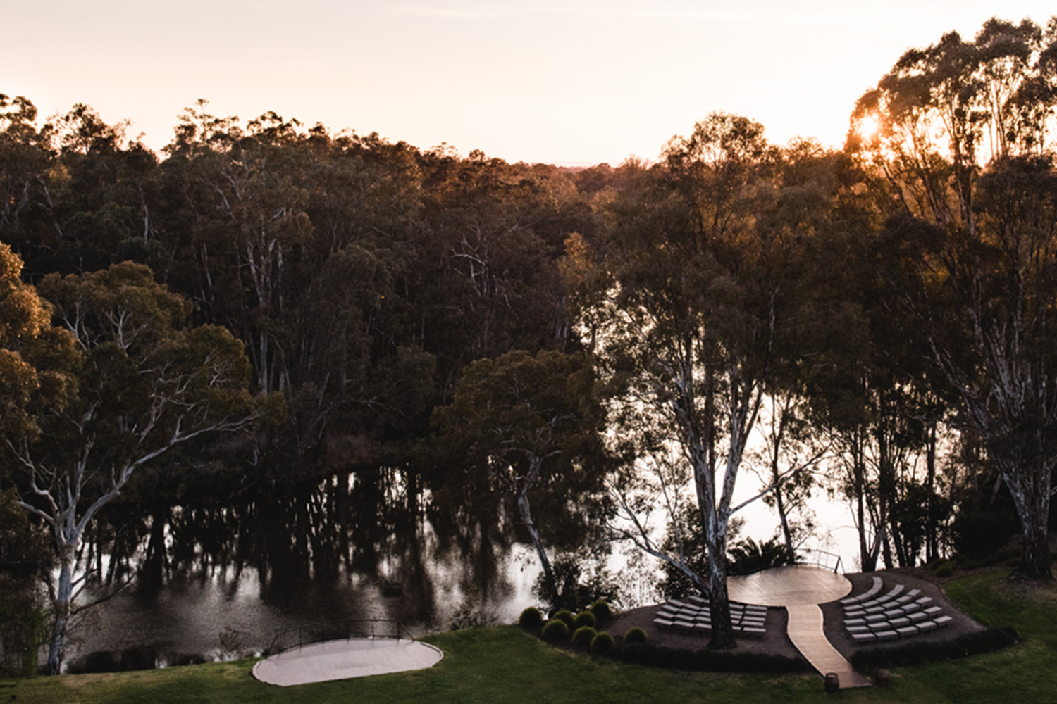 The banks of the beautiful Goulburn River